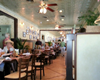 pet friendly restaurant in st simons island